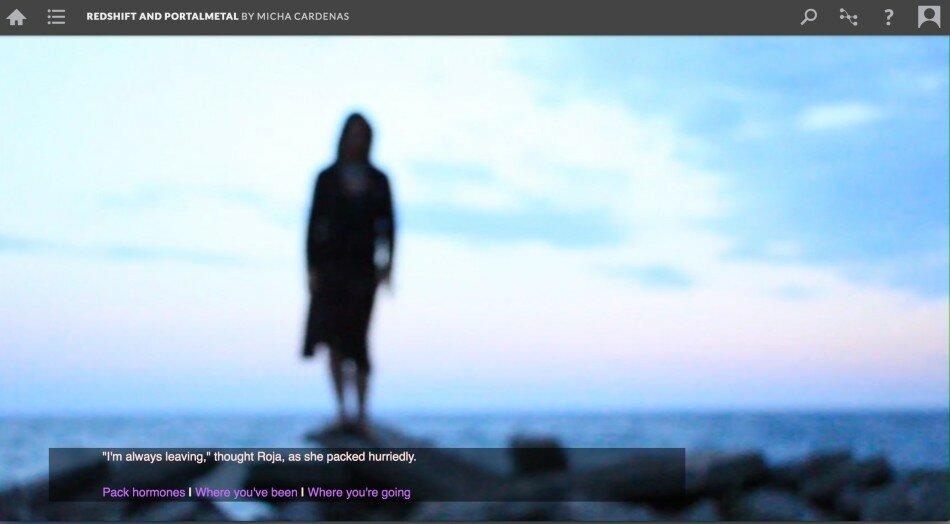 Vor einem verschwommenem Meereshintergrund ist eine Silhouette einer Person zu sehen.